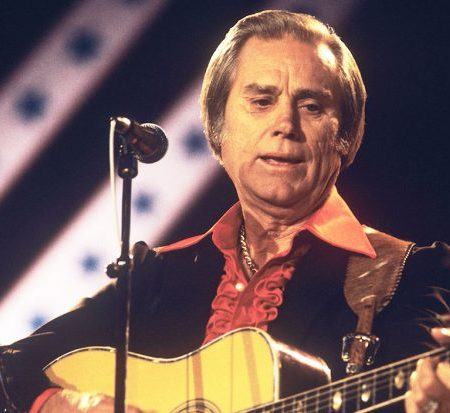george jones plays he stopped loving her today
